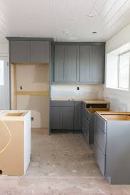 Installing Kitchen Base Cabinets Kraftmaid Cabinet Installation From Lowe U0027s Love The Two Tones
