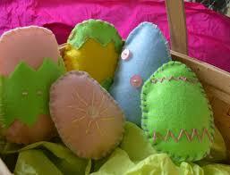 felt easter eggs how to make keepsake felt easter eggs inhabitots