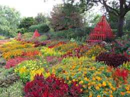 Song Garden River Falls Wi Menu The Red Yellow Orange Theme Succeeds Rotary Botanical Gardens
