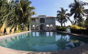 beautiful houses in miami a peaceful home in miami beach img