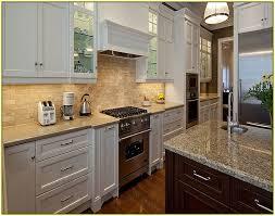 kitchen tile backsplash ideas with white cabinets excellent ideas backsplash for white cabinets dazzling glass tile