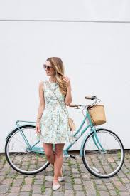 decoding common wedding dress etiquette the everygirl