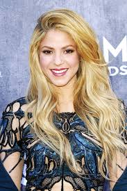 what color is shakira s hair 2015 how to dye hair blonde