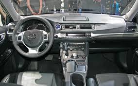 lexus ct 200 h 2011 lexus ct 200h look motor trend
