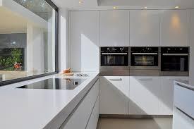 cuisines haut de gamme réalisation cuisine cassis mobilier design et cuisine haut de
