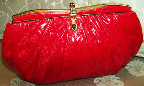 Home Consignment Store San Antonio Tx Handbags U0026 Purses On Consignment San Antonio Closet Connoisseur