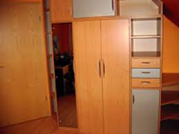 placard de chambre en bois façades placards