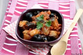 cuisiner les aubergines facile aubergines sautées et confites en sauce tomate recette facile
