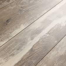 Laminate Floor Ratings Reviews Kronoswiss Swiss Solid Iceland Oak D4490nm Laminate Flooring