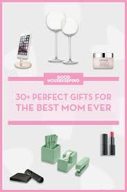 Gift Idea For Mom 80 Best Holiday Gifts For Mom Christmas Gift Ideas For Mom