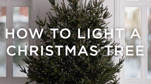 how to light a tree