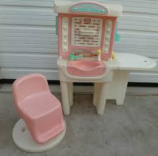 little tikes vanity table little tikes dressing table 14 best little tikes images on pinterest