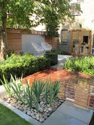 Backyard Planter Designs by Here Is A Collection Of Modern Backyard Designs Where You Can
