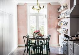 rooms that are pretty in pink
