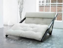 canape convertible futon un futon et un transat se rencontrent pour donner un métissage