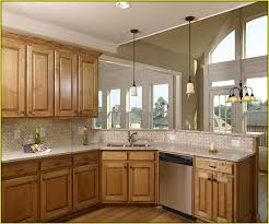 Kitchen With Oak Cabinets Popular Kitchen Colors With Oak Cabinets Home Design Ideas