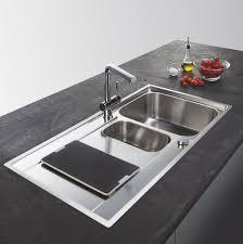 robinetterie franke cuisine éviers et mitigeurs dans votre cuisine sur mesure schmidt
