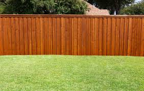 staining a deck or fence with an airless sprayer semi transparent