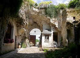 chambre troglodyte touraine montsoreau maison avec jardin troglodyte troglo