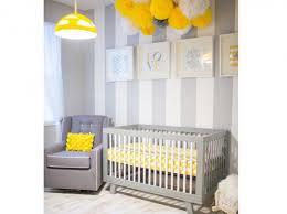 déco chambre bébé gris et blanc chambre bebe jaune et blanc idées de décoration capreol us