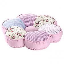 sitzkissen kinderzimmer sitzkissen rosa in blumenform ernstings family ansehen