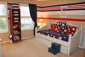Red White And Blue Bathroom Bedroom Design Blue Bedroom Bedroom Colors Blue And Brown Bedroom