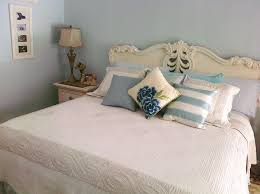 how to place throw pillows on a bed accent pillows throw pillows for bed home decor pinterest