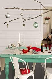 decoration tips for decorating the dining room christmas table