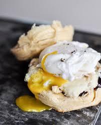 thanksgiving leftover breakfast sandwiches
