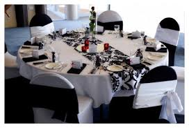 black and white with red accent wedding table decorations