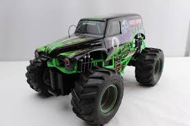 rc monster truck grave digger new bright grave digger 1 8 scale rc monster jam truck only