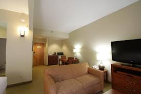 Backyard Bistro Cary Nc Hotel Arena Suites Raleigh Nc Booking Com