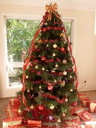 view red and gold decorated christmas tree ideas decoration ideas
