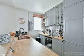 photo cuisine retro deco cuisine retro luxe cuisine gris perle et bois ikea