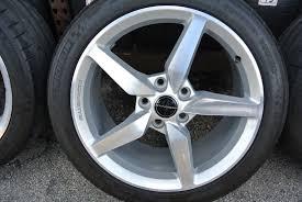 corvette stingray tires 4 2014 chevrolet corvette stingray 18 19 oem rims wheels