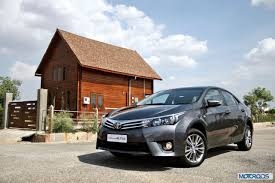 New 2014 Toyota Corolla Altis 1 8 Petrol 1 4 Diesel Review