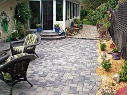 Patio Paving Slabs Ideas  Smashingplatesus - Simple backyard patio designs