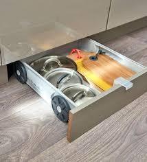 plinthe cuisine schmidt rangement tiroir cuisine accessoires rangement cuisine cool meuble