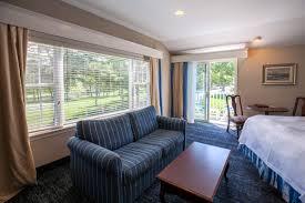 premium 2 queens blue rock resort premium guest rooms red