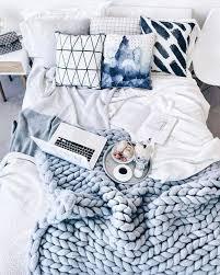 Desk Blanket Best 25 Chunky Blanket Ideas On Pinterest Chunky Knit Blankets
