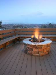 Diy Backyard Fire Pits by Outdoor Fireplaces And Fire Pits That Light Up The Night Diy