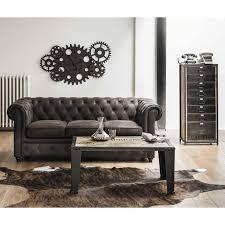 canapé chesterfield noir le canapé chesterfield noir engrangés steunk style industriel