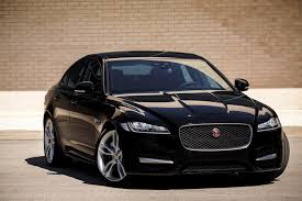jaguar xj wallpaper black jaguar xf saloon desktop wallpapers 31334 freefuncar com