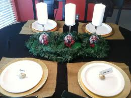 clinging to the vine make it monday christmas table decor cheap