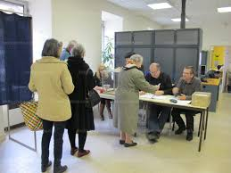 au bureau aubenas ardèche revivez la soirée électorale dans le département