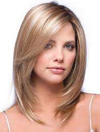 pretty women with bob haircuts for shoulder length hair with side