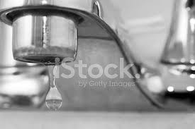 Faucet Drips Bathroom Faucet Drips Stock Photos Freeimages Com