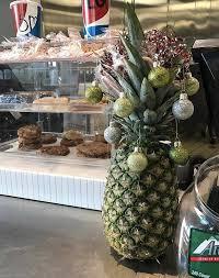 pineapple christmas tree trend purewow