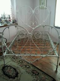 well here it is my heart shaped antique iron bed could not