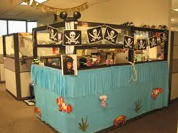 How To Decorate Your Cubicle For Halloween Awesome Cubicle With Ideas Decor Pirate Ship Cool Office Designs